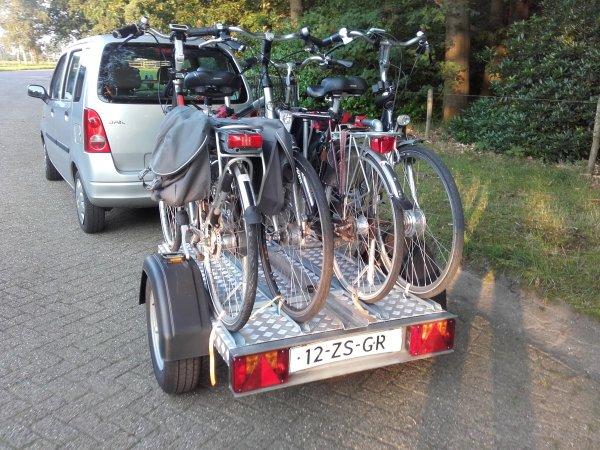 Aanhangwagen voor 4 (electrische) fietsen